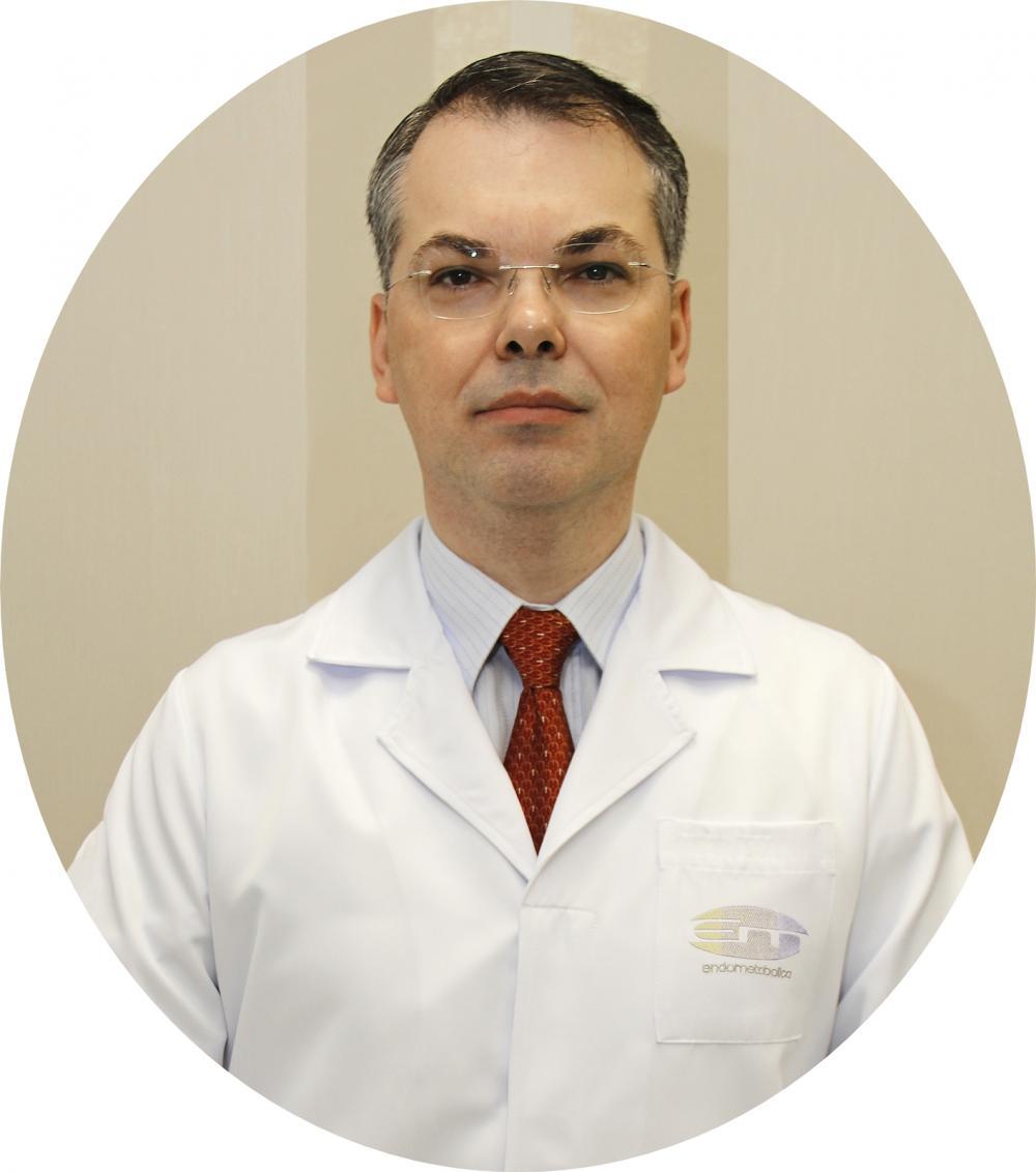 Dr. Ricardo Schmitt de Bem